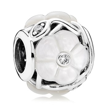 PANDORA Luminous Florals with Mother of Pearl and Clear CZ Charm