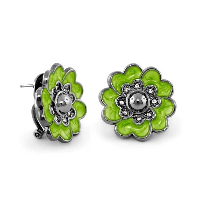 342398-Green 'Queen of Hearts' Earrings