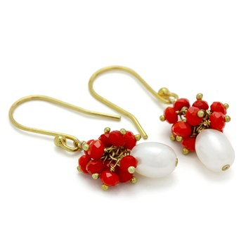 210-678-Pearl & Red Quartz Earrings