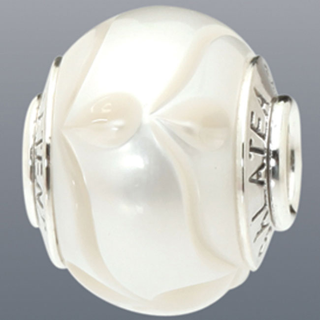 339081-Galatea White Levitation Pearl