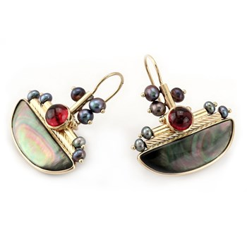 269124-Half Round Black Mother of Pearl Earrings