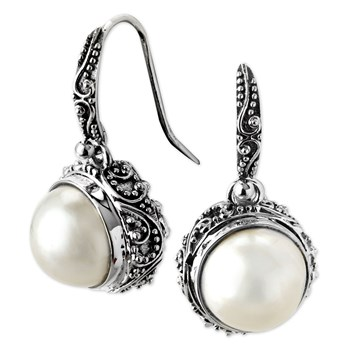 Round Pearl Earrings-342361