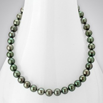 344070-Freshwater Pearl Necklace