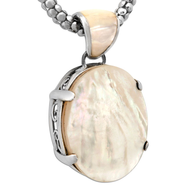 337064-Mother of Pearl Pendant