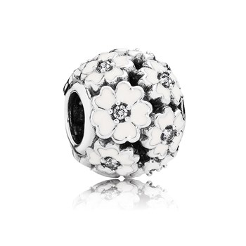 802-2850-PANDORA Primrose Meadow with White Enamel Openwork Charm