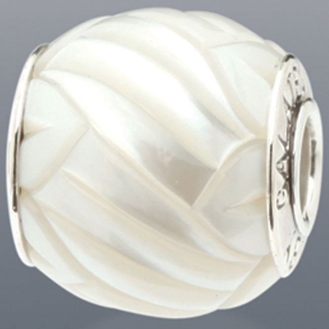 339100-Galatea White Levitation Pearl