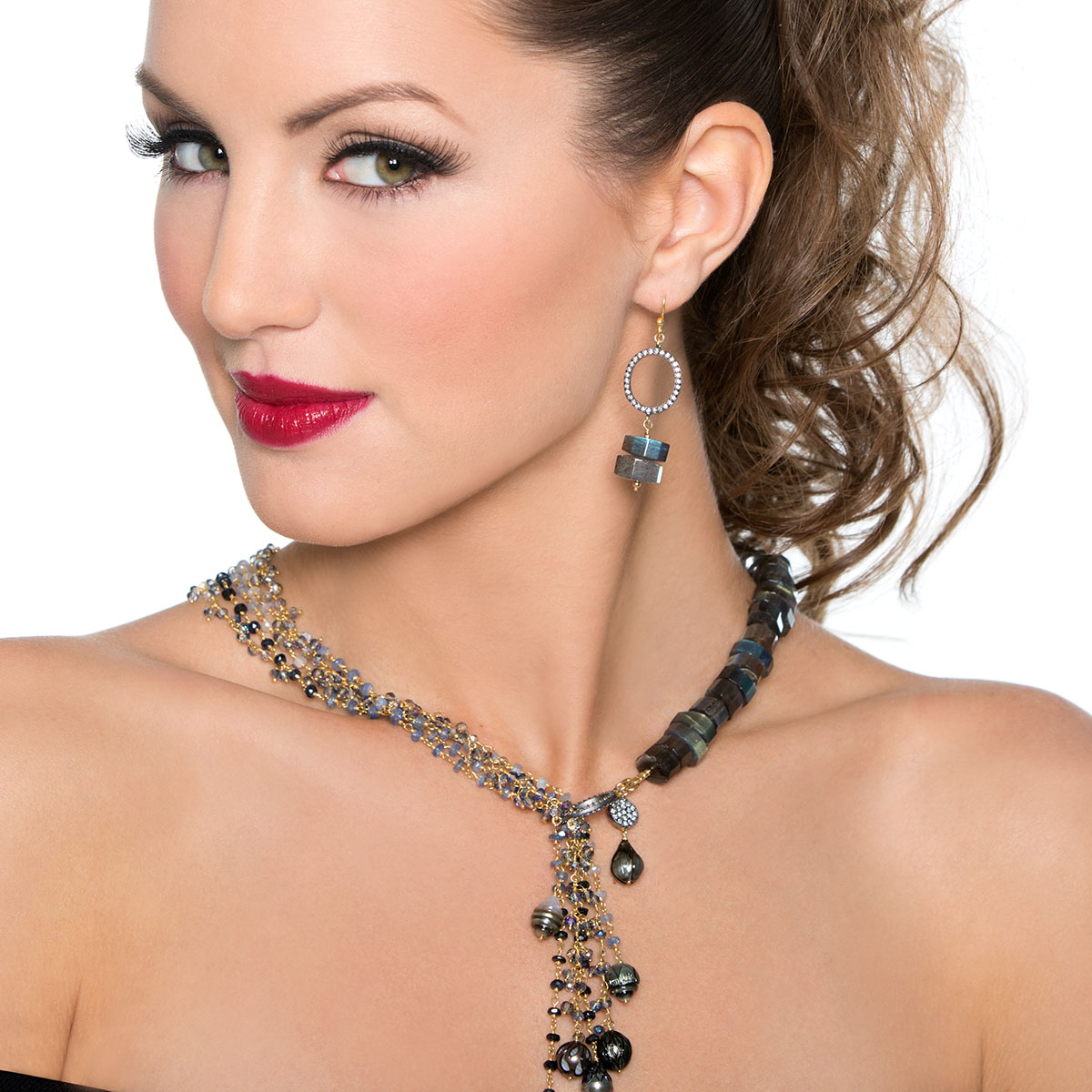 235-483-Black Pearl & Sapphire Necklace
