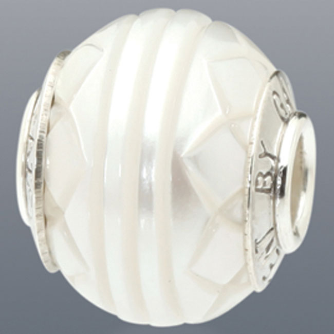 339095-Galatea White Levitation Pearl