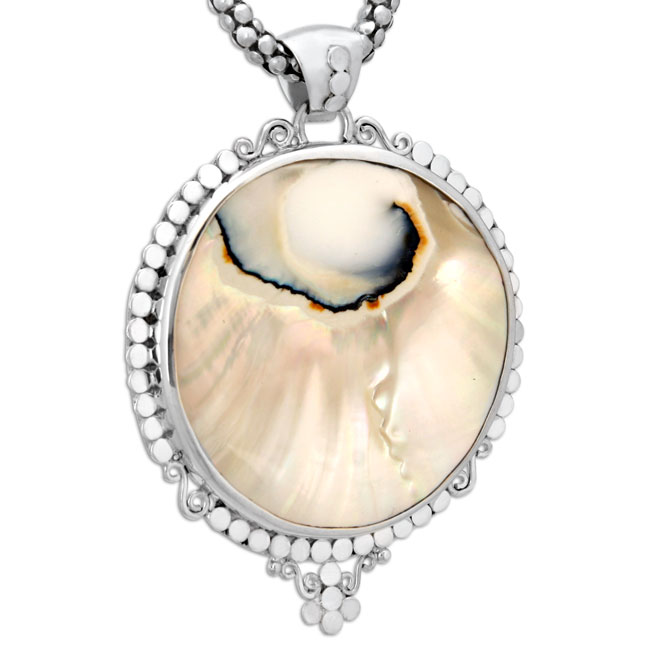 337059-Mother of Pearl Pendant