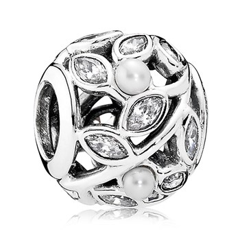 PANDORA Luminous Leaves with White Pearl and Clear CZ Charm
