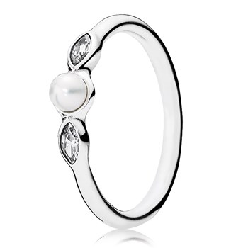 PANDORA Petite Luminous Leaves with Pearl and Clear CZ Ring
