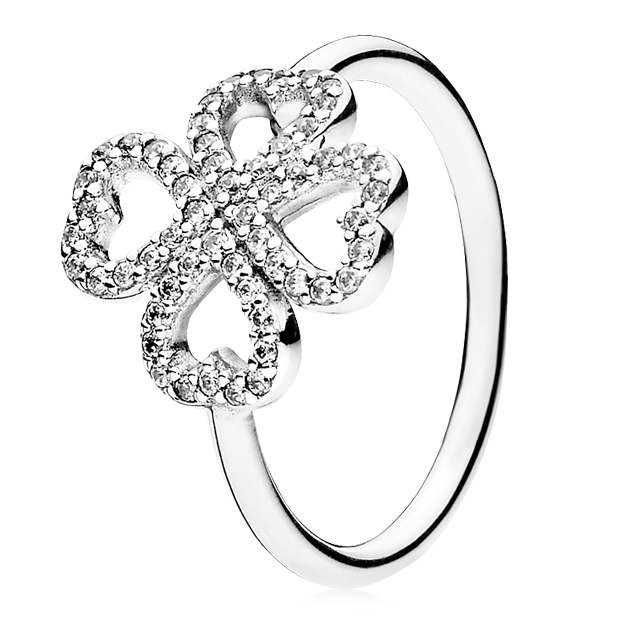PANDORA Petals of Love Ring