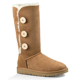 UGG Women's Bailey Button Triplet II Snow Boots