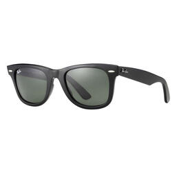 Ray-Ban Wayfarer Classic Sunglasses With Green Lenses