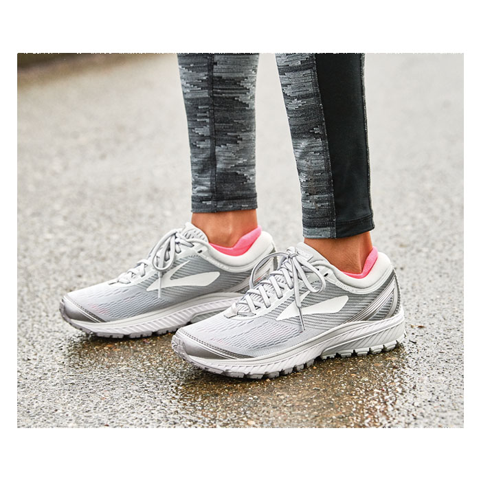... 100% high quality 930f0 0f5b8 Brooks Womens Ghost 10 Running Shoes ... 867a5be470