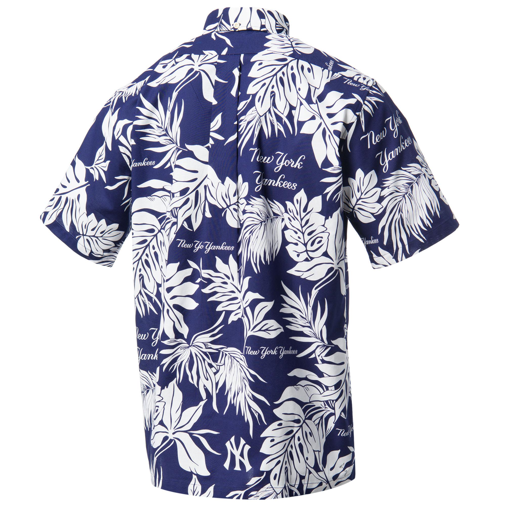 a6e9f641 Reyn Spooner Men's New York Yankees Aloha MLB Button Front Shirt - Sun &  Ski Sports
