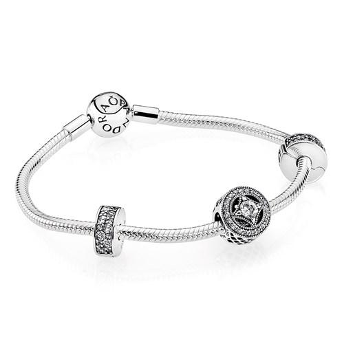 PANDORA Elegance Bracelet Gift Set ONLY 1 LEFT!