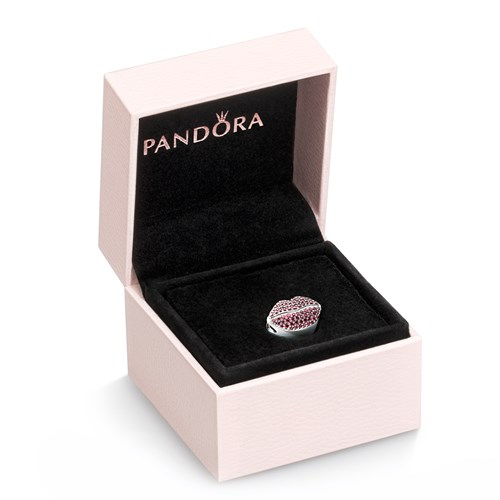 PANDORA Kiss More Lips Charm Gift Set