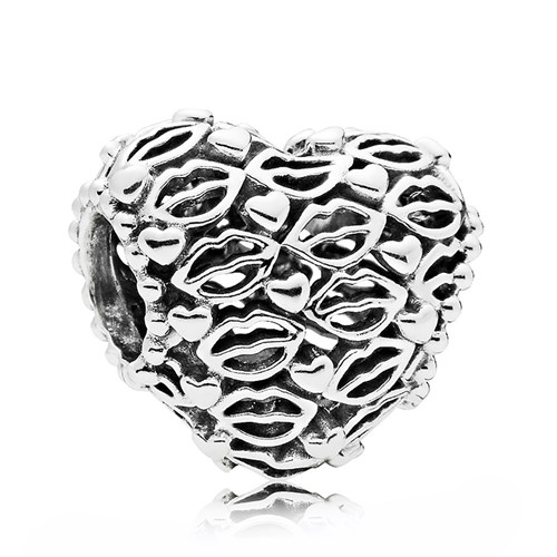PANDORA Love & Kisses Charm
