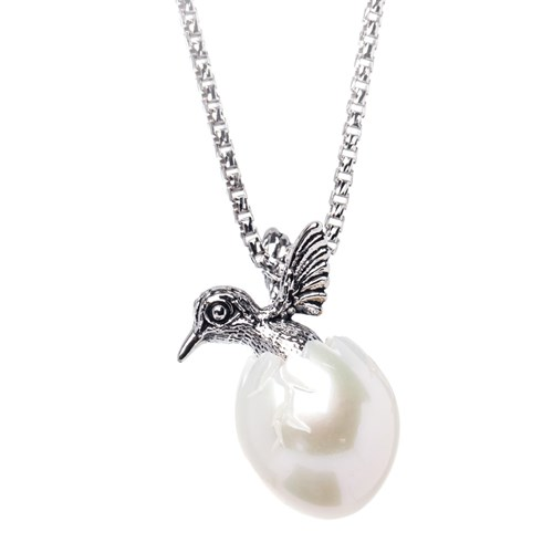 Galatea Hummingbird White Carved Pearl Necklace