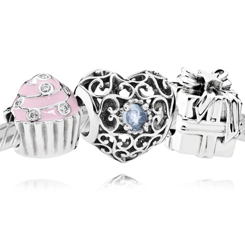 PANDORA Happy March Birthday Charm Set