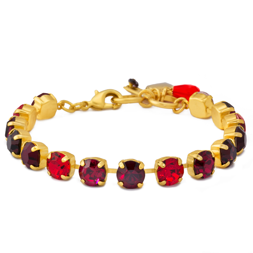 Mariana Lady In Red Bracelet