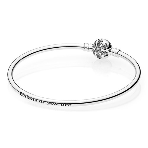 "PANDORA ""Unique Snowflake"" Limited Edition Bangle"