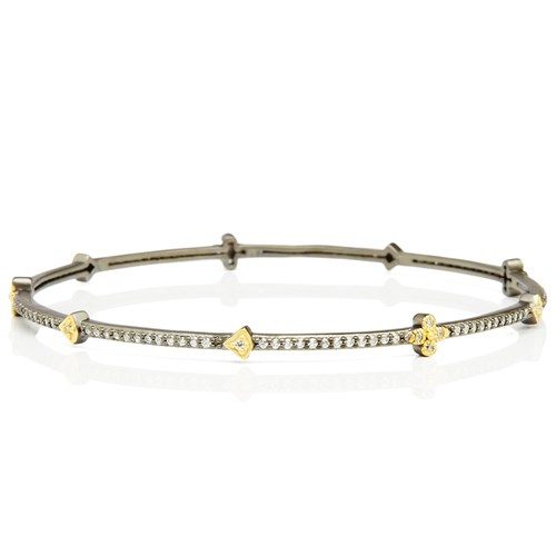 Freida Rothman Pavé Clover Station Bangle