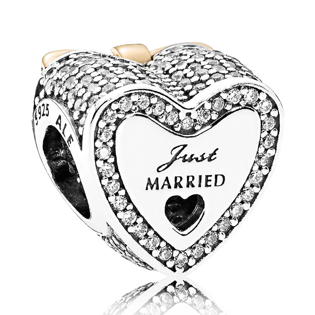 Pandora Wedding Heart Clear Cz Charm Detail