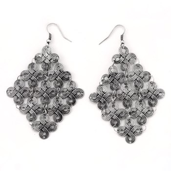 333522-Diamond Shaped Dangle Earrings