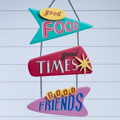 """Good Friends"" Metal Wall Decor"