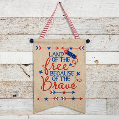 Land of the Free Burlap Wall Decor