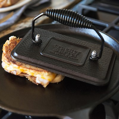 Lodge ® Rectangular Cast Iron Grill Press