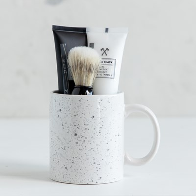 Ceramic Mug Set with Shaving Kit