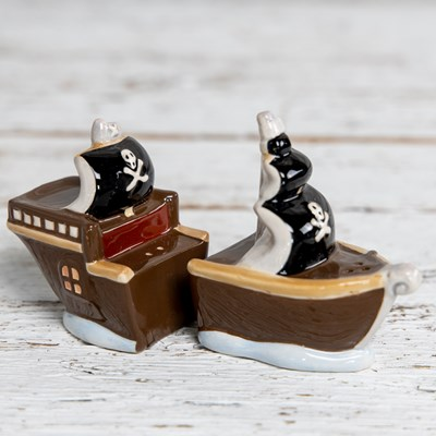 Pirate Ship Salt and Pepper Set