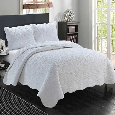 Marcey Whole Cloth White Quilt - King