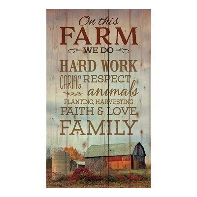 """On This Farm"" Pallet Wall Decor"