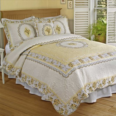 Classic Cameo Quilt - King