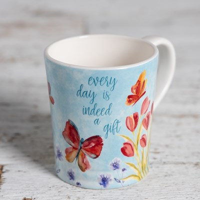 "Stoneware ""Everyday is a gift"" Mug"