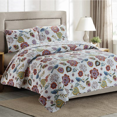 Floral Whole Cloth Quilt - Queen