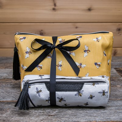 2-Piece Bee Travel Bag
