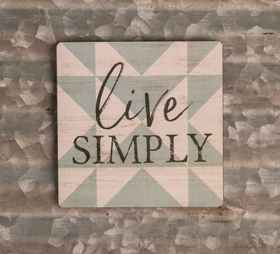 """Live Simply"" Quilt Magnet"