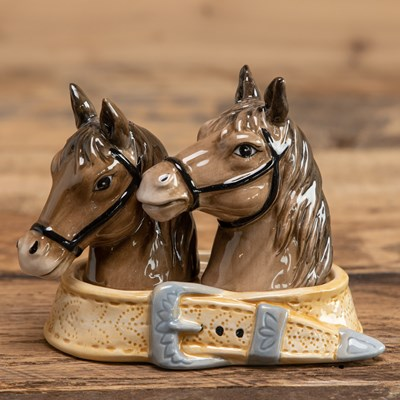 Horse Salt and Pepper Shaker Set