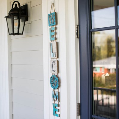 Coastal Welcome Hanging Sign