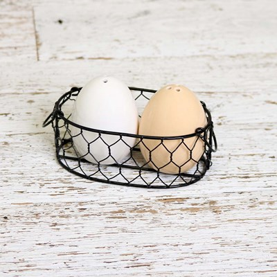 Eggs in a Basket Salt and Pepper Set