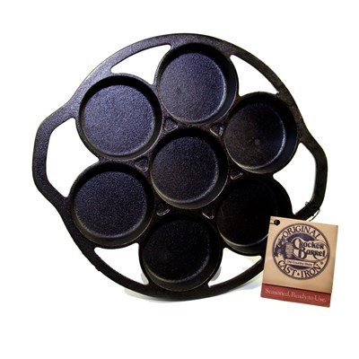 Lodge ® Cast Iron Biscuit Pan