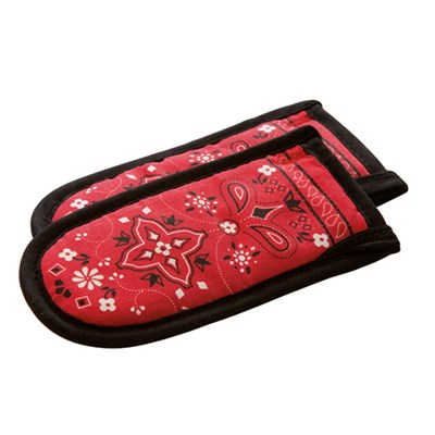 Lodge ® Bandana Print Hot Handle Holders - Set of 2