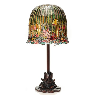 Tiffany Style Stained Glass Pond Lily Table Lamp