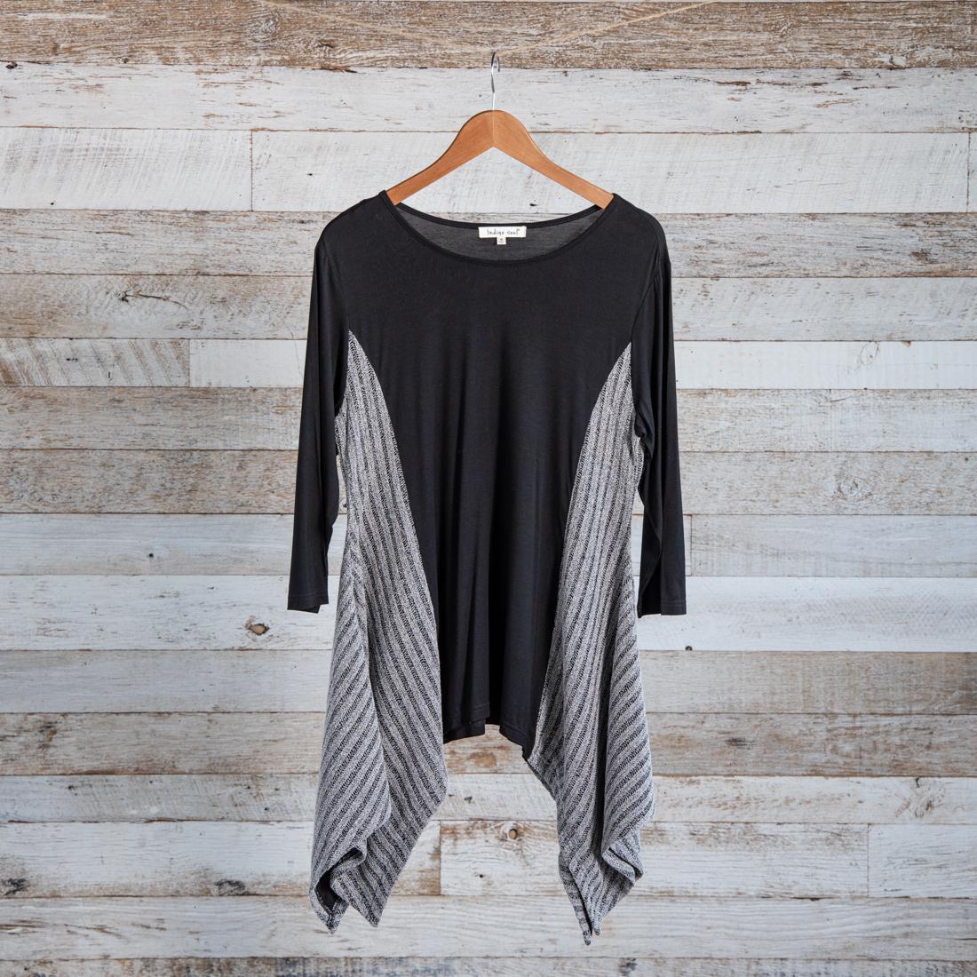 0e7e3e2b9e Stripe Insert Knit Tunic