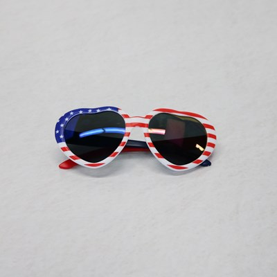 Heart-Shaped Flag Sunglasses
